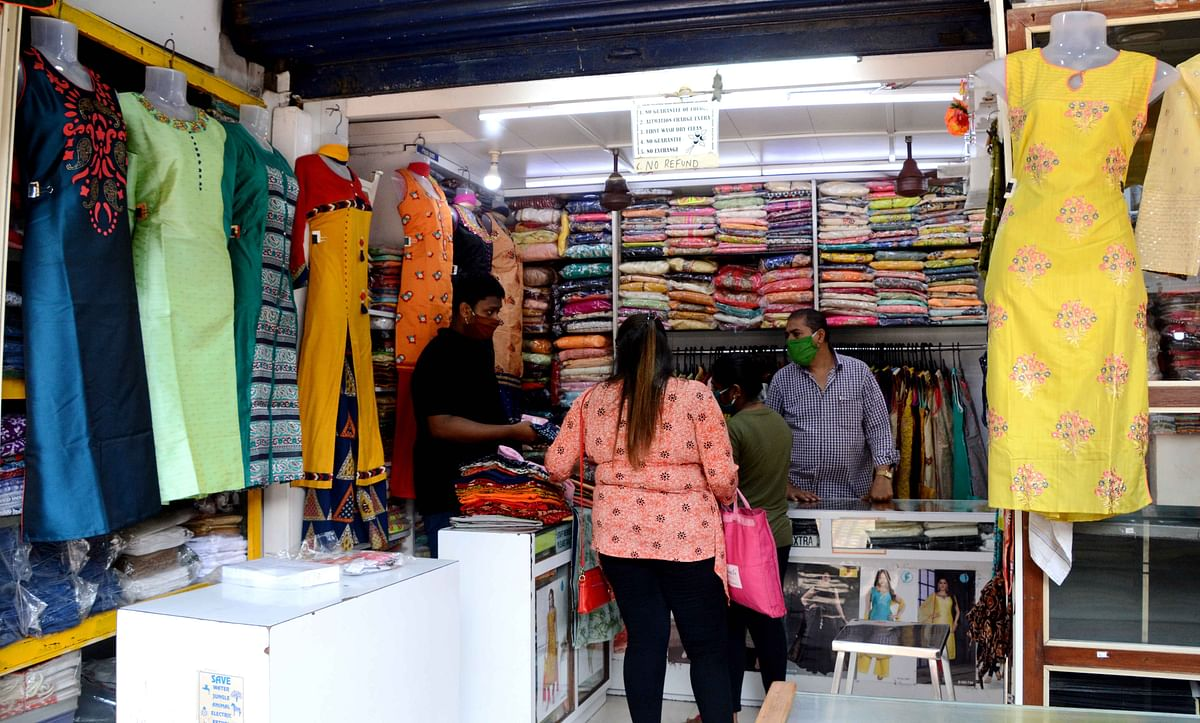 Retailers bat for opening of malls and shopping complexes
