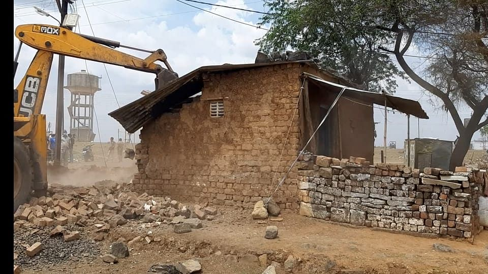 Madhya Pradesh: Man accused of raping minor girl held in Dhar, cop demolishes his illegal home