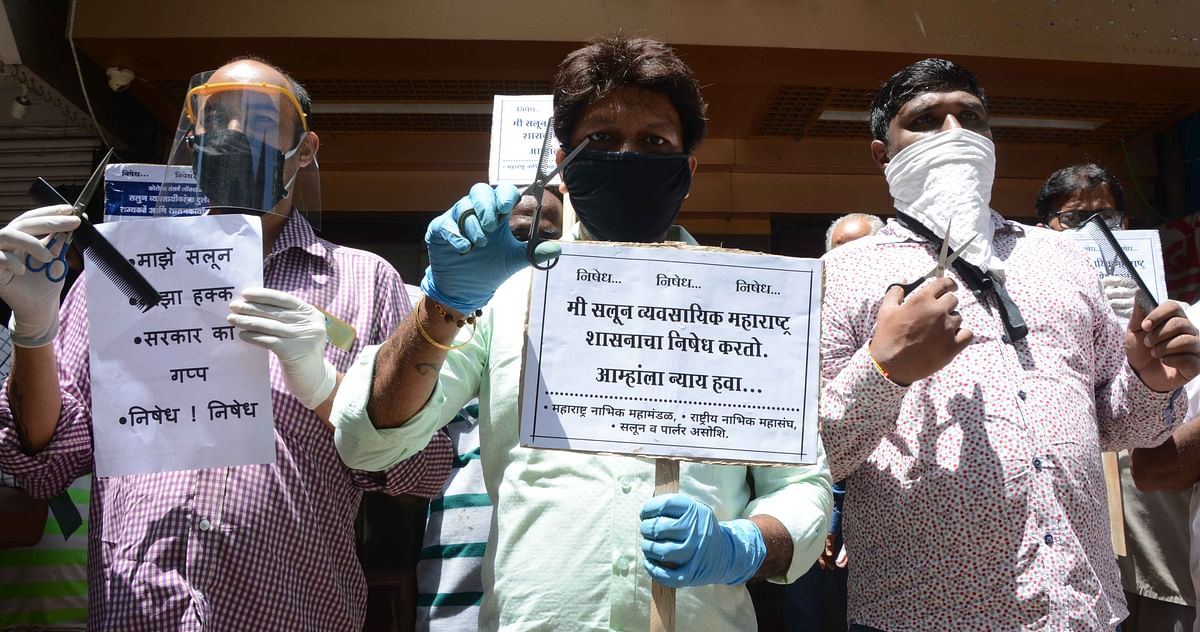 Barbers hold protest, demand reopening of salons
