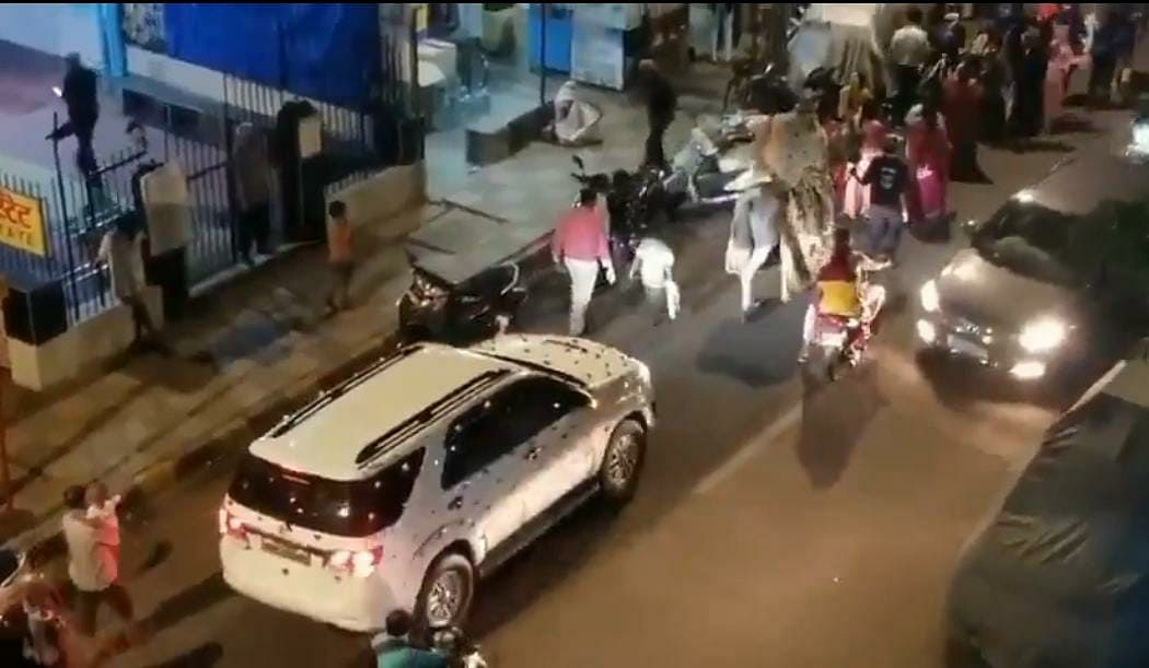 Coronavirus in Mumbai: Police arrest 10 people for dancing, celebrating in wedding procession at Malad