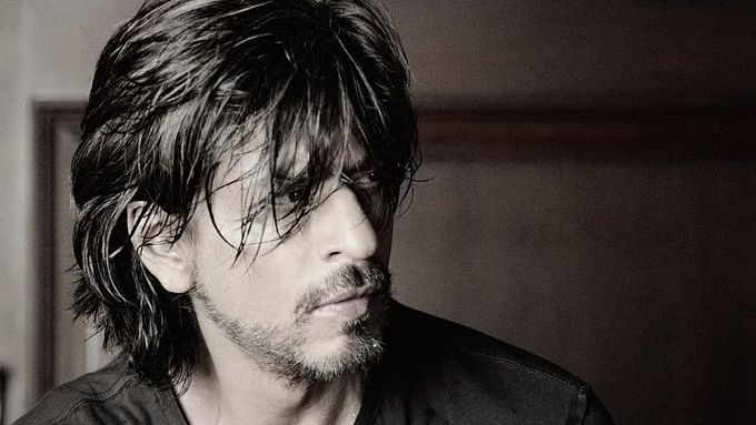 Arshad Warsi says SRK's pic 'would make any man turn gay'; receives mixed reactions on Twitter