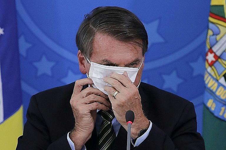 It's time to wear a mask, Bolsonaro