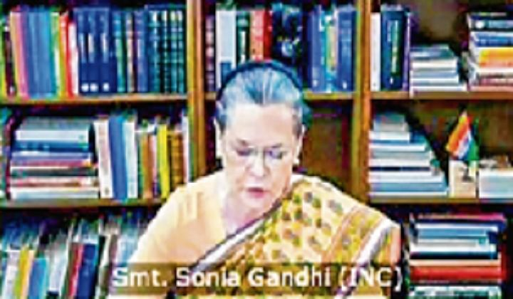 Sonia couches concerns in unity call
