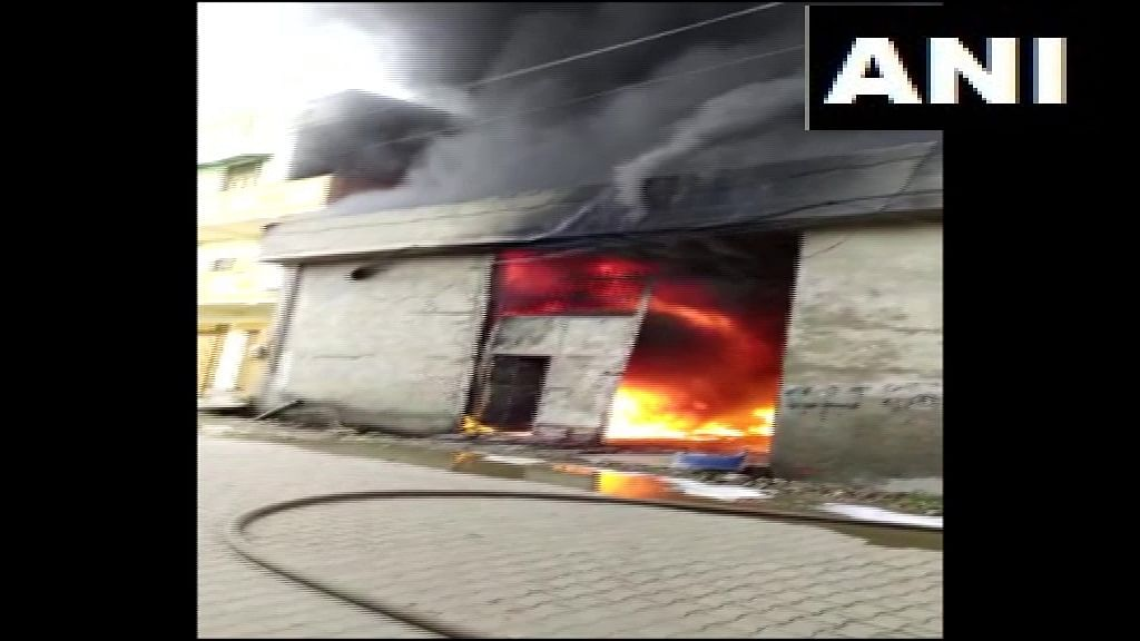 Fire breaks out in chemical factory in UP's Ghaziabad; over 10 fire trucks on site