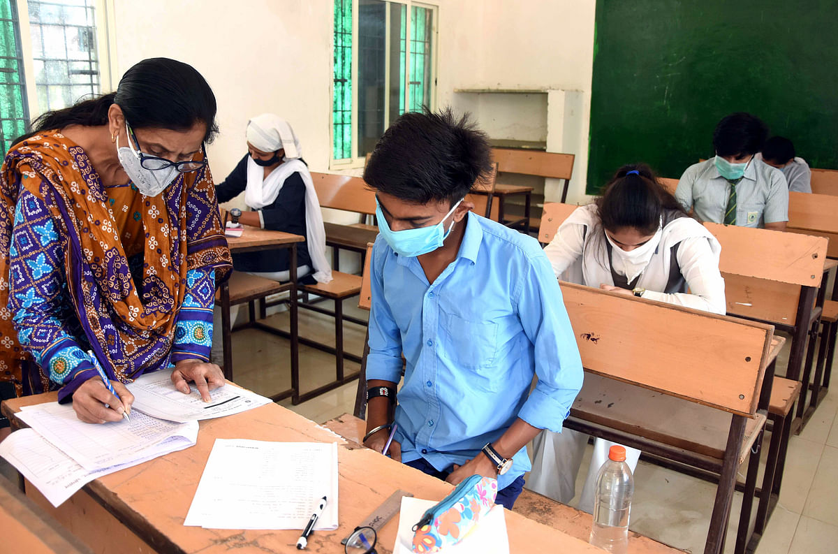 Maha govt cancels final year exams amid coronavirus pandemic: #JusticeForStudents trends on Twitter
