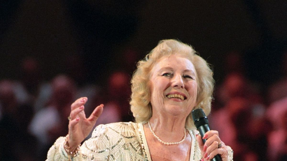 Forces' Sweetheart, singer Vera Lynn passes away at 103