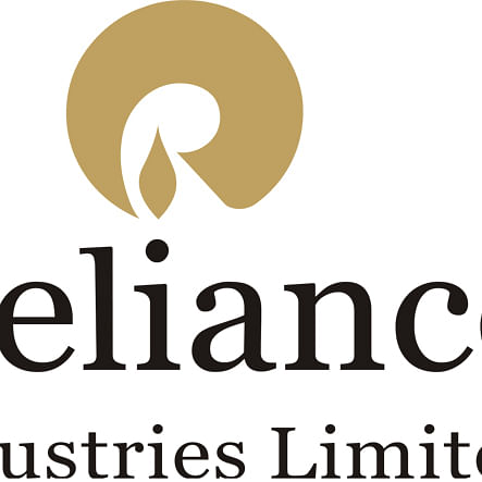 FIIs hike stake in Reliance Industries to record 27.2%