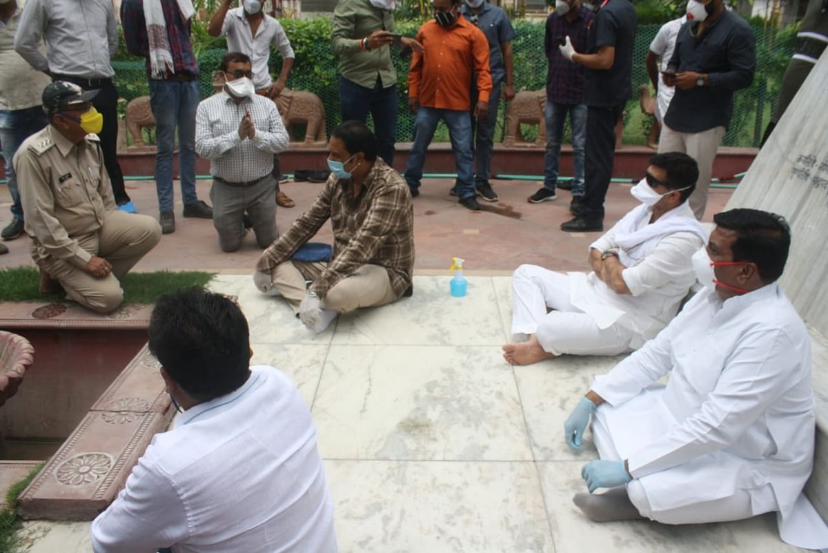 Indore: When an officer is 'sacrificed' at the altar of politics