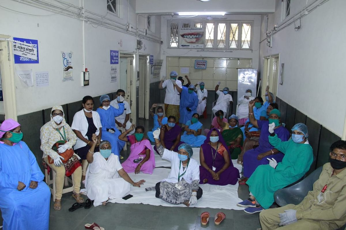 Indore: Geeta Bhawan Hospital staff strike work over non-payment of salary