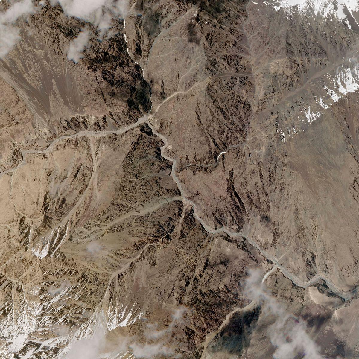 Satellite pix show China diverting Galwan river