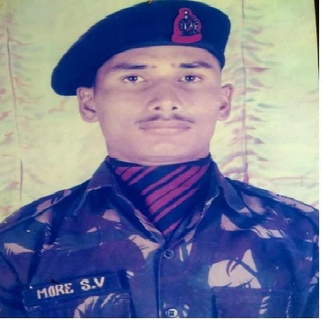 Maharashtra: Army jawan who died while saving colleagues cremated
