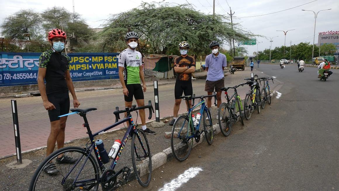Cycling/ Representative Pic