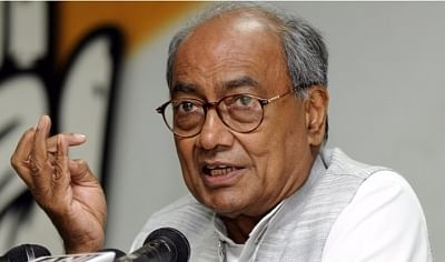 'Only one lion in a forest': Digvijaya responds to Scindia's 'Tiger Zinda Hai' jibe
