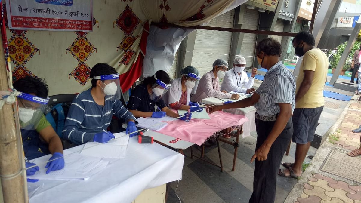 Coronavirus in Mumbai: BMC sets up screening camps for hawkers and shopkeepers in H West ward