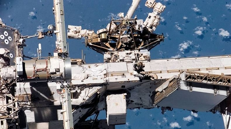 NASA's 'robot hotel' attached to space station