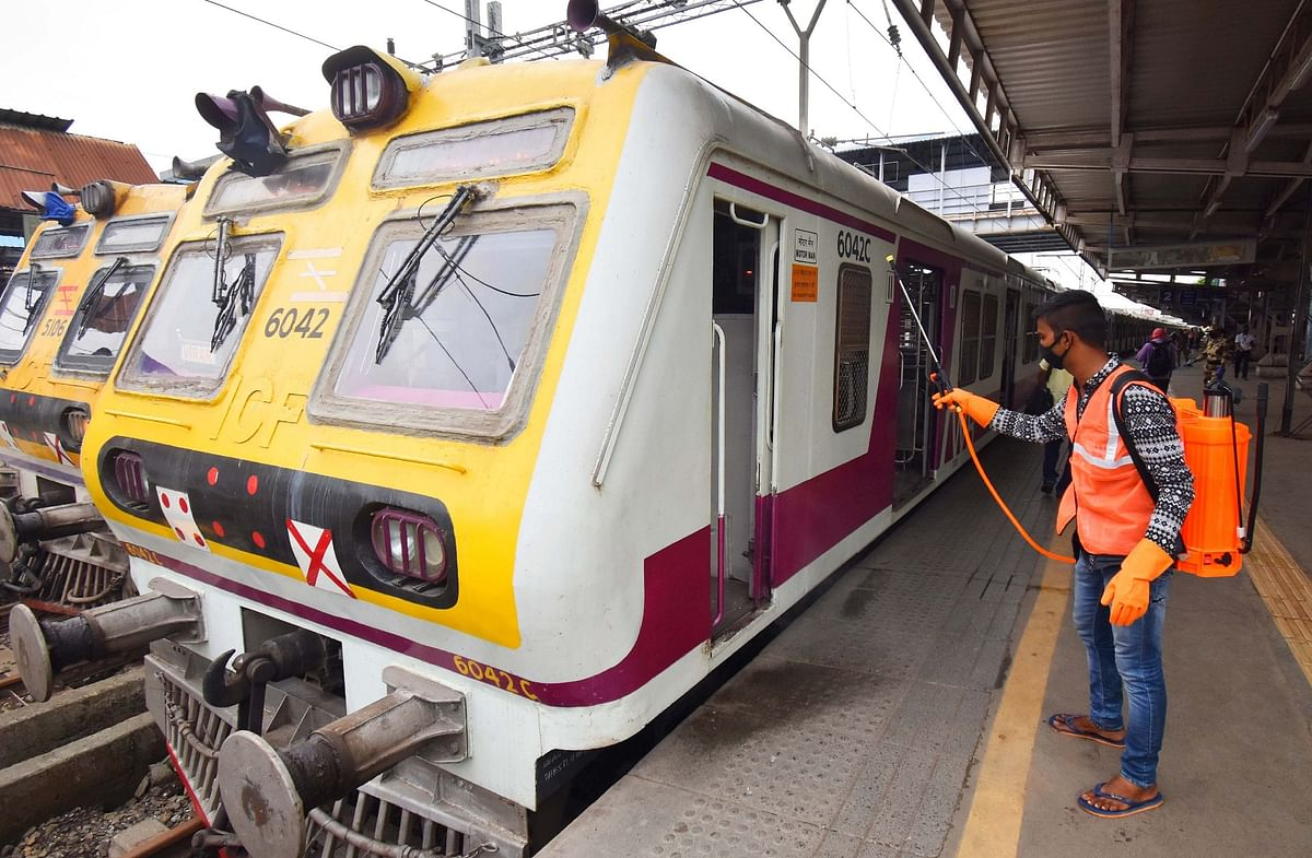 Coronavirus in Mumbai: 872 COVID-19 cases among Central, Western Railway staff, kin, so far