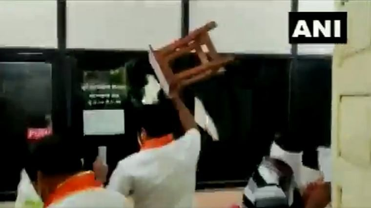 Watch: MNS workers vandalise agriculture department's office in Maharashtra's Latur