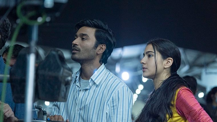 Akshay Kumar, Sara Ali Khan and Dhanush to start filming for second schedule of 'Atrangi Re' from October