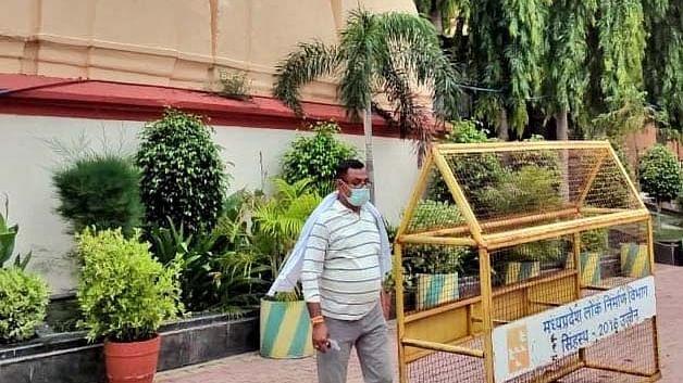 Vikas moving freely in temple premises