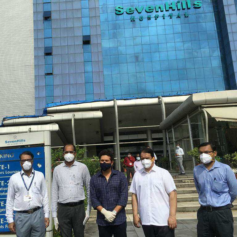 Sachin Tendulkar inaugurates plasma therapy unit in Mumbai