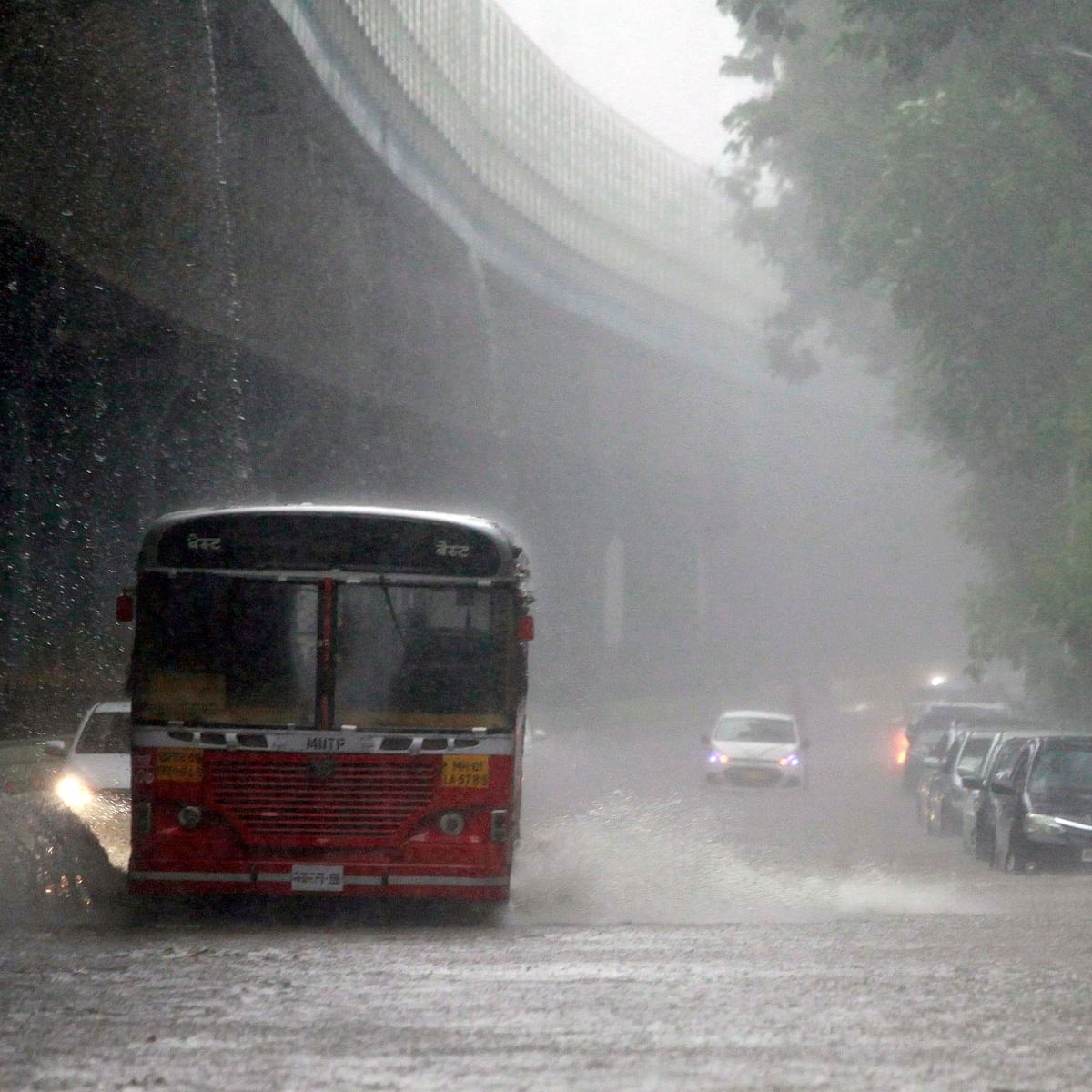 Weather update in Mumbai, Thane and Navi Mumbai on August 15: IMD says heavy rainfall likely in next 24 to 48 hours