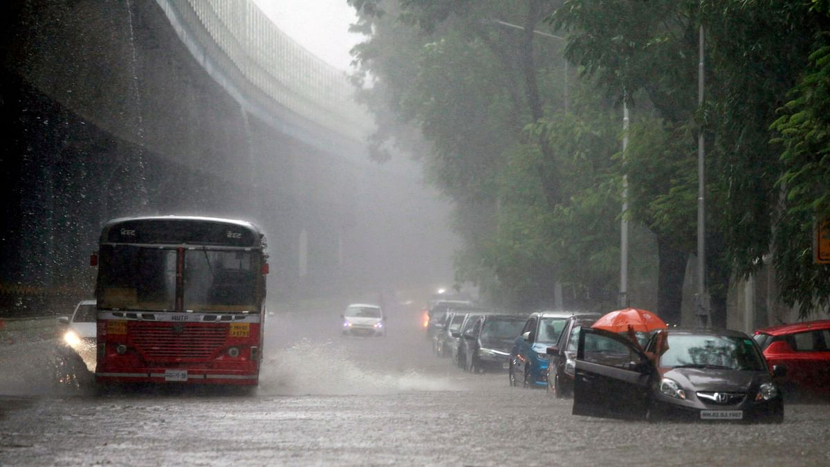 Mumbai Weather Update on August 13: IMD says heavy rains to hit parts of Mumbai, neighbouring districts