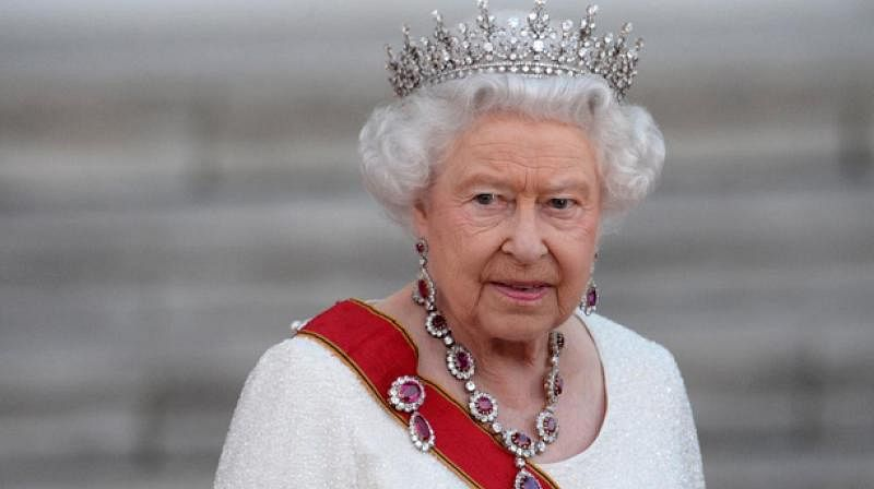 Queen Elizabeth plans summer holiday at Scotland palace