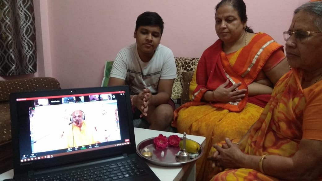 People from different age group attending the online worship meet on Guru Purnima