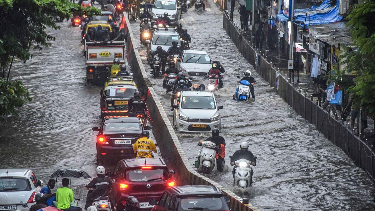 Cyclone Nisarga WHO? Pictures and videos of heavy rainfall in Mumbai, Thane and Navi Mumbai