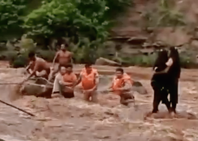 Watch: Madhya Pradesh police team rescue two girls who ventured into Pench River to take a selfie