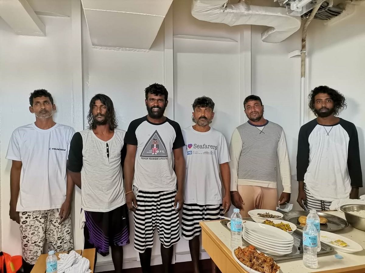 ICG rescues 6 Srilankan fishermen 170 miles east of Chennai