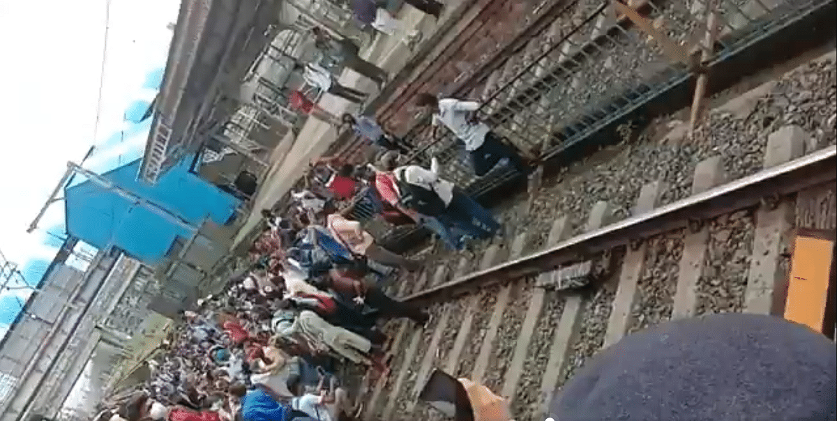 'Cant allow local trains': Maha Health Min Rajesh Tope cites Nala Sopara episode; says impossible to ensure social distancing