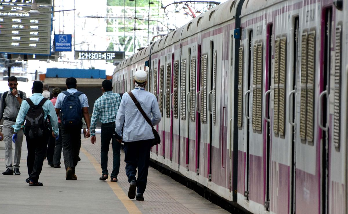 Mumbai: From July 30, QR code must for boarding train