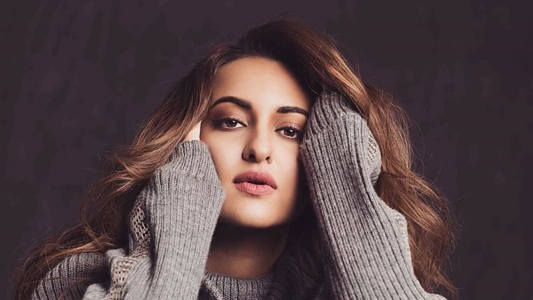 Sonakshi Sinha joins Maharashtra top cop, cyber experts to fight online bullying