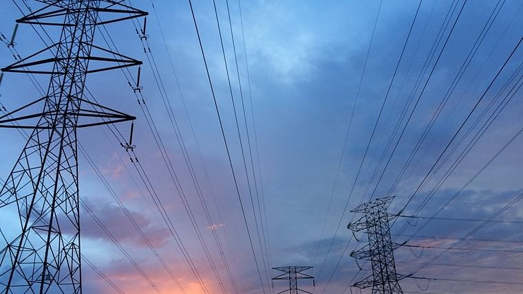 Adani Power loss widens to Rs 682.46 cr in Jun qtr