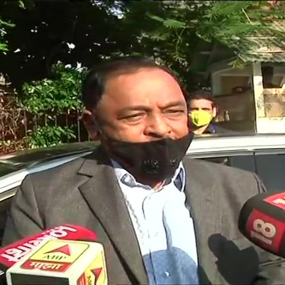 Saamana interviewed Pawar as no leader left in Sena: Narayan Rane