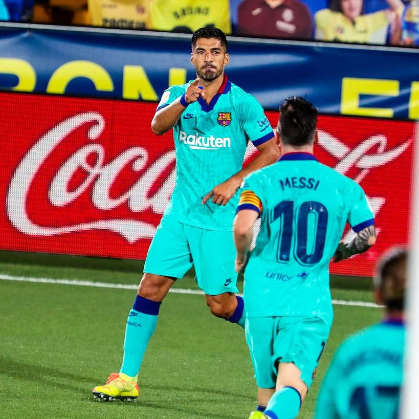 La Liga highlights: Suarez helps keep Barcelona's title hopes alive after 1-0 victory against Espanyol