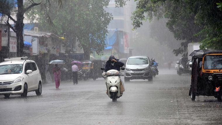 Mumbai Weather Update: IMD says city to witness cloudy sky with moderate rainfall today