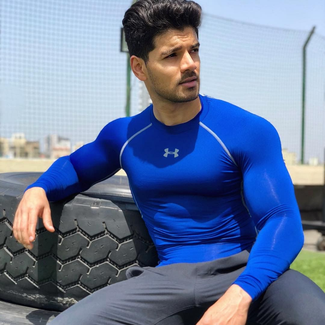 Sooraj Pancholi denounces relationship rumours with Sushant Singh Rajput's ex-manager who committed suicide