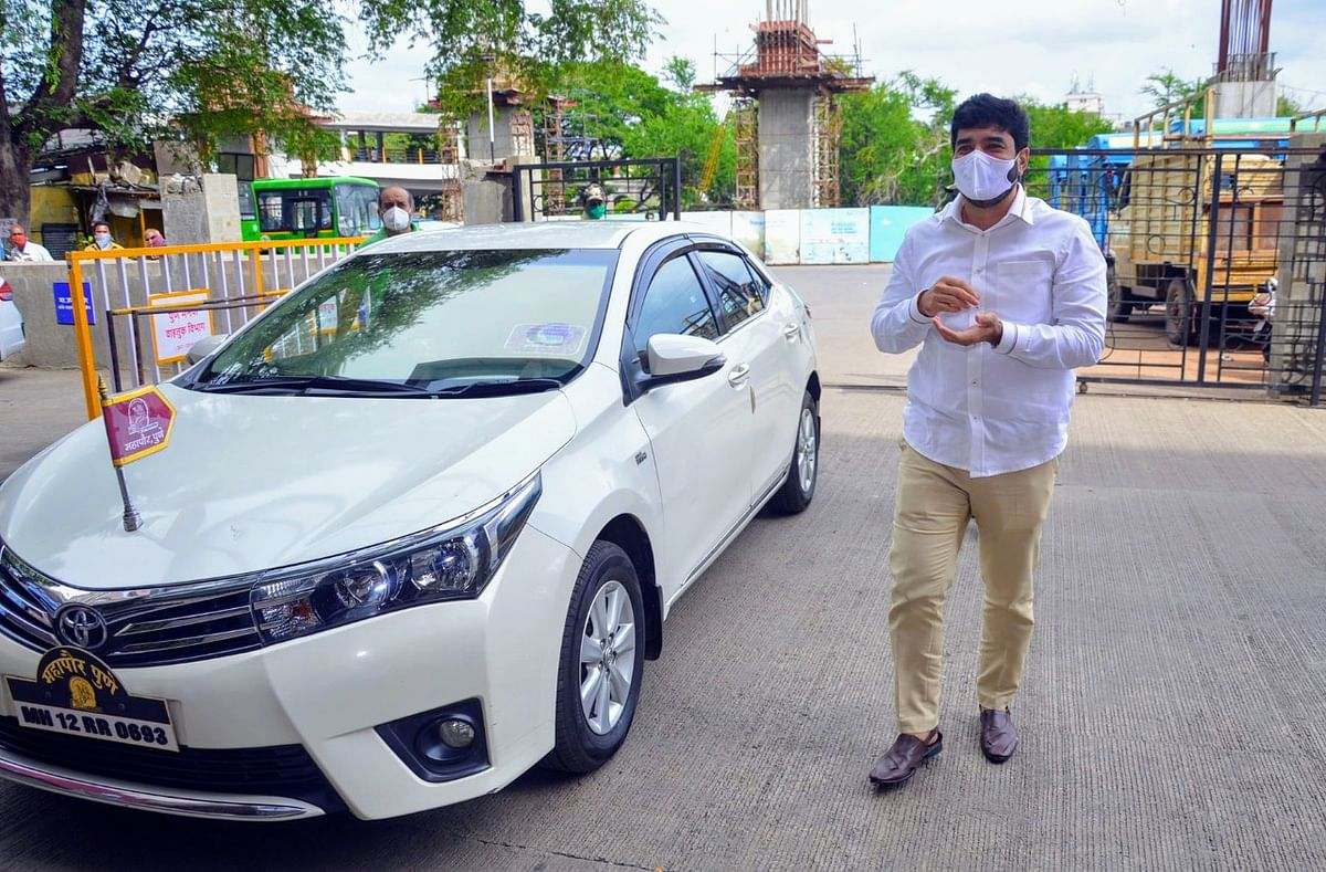 Coronavirus in Pune: Mayor Murlidhar Mohol's claims on unaccounted COVID-19 deaths incorrect, says District Collector