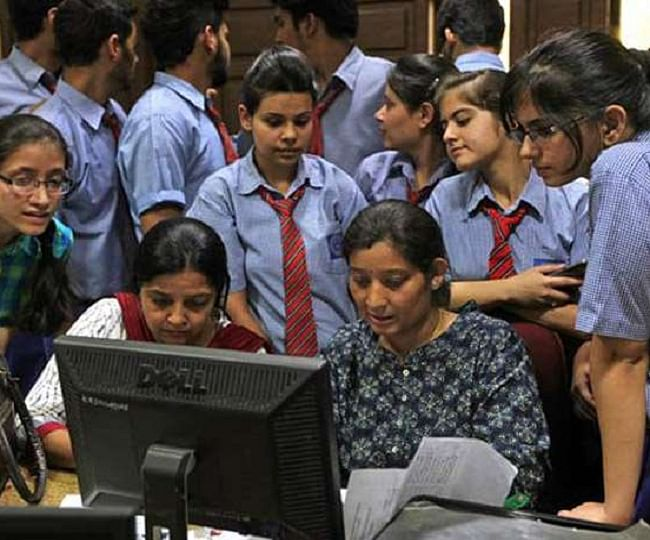 Anxious moments for CBSE Class 12 students as website crashes for 5 hrs