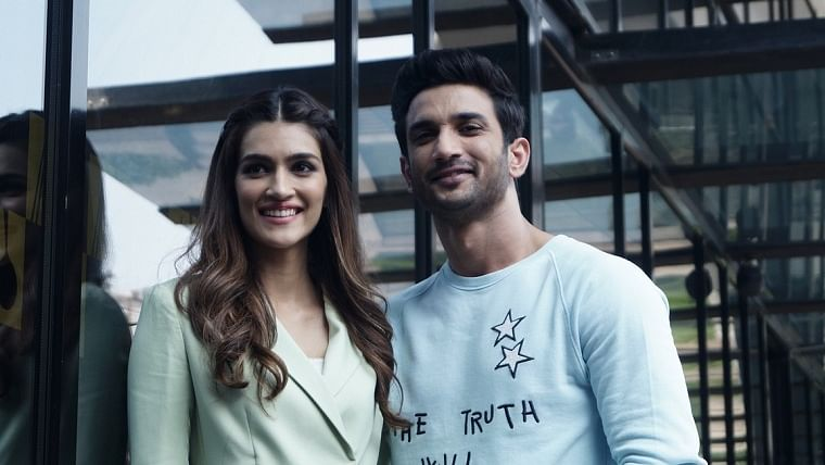 Kriti Sanon pens emotional note for Sushant Singh Rajput post 'Dil Bechara' release