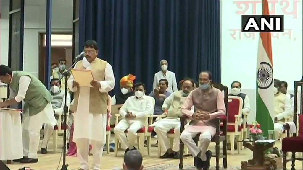Pradhuman Singh Tomar take oath as Cabinet Ministers at Raj Bhawan in Bhopal.