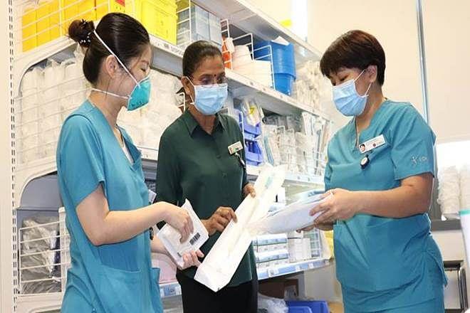 President's award for Indian-origin nurse in Singapore