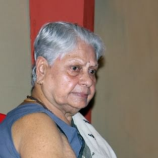 Amitabh Bachchan's mother-in-law shocked by COVID-19 results