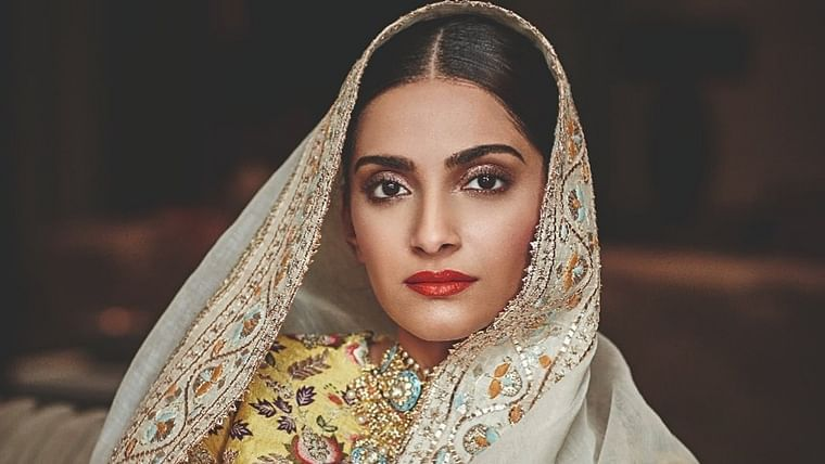 Sonam Kapoor heartbroken over stray dogs being mauled by truck drivers in South Mumbai