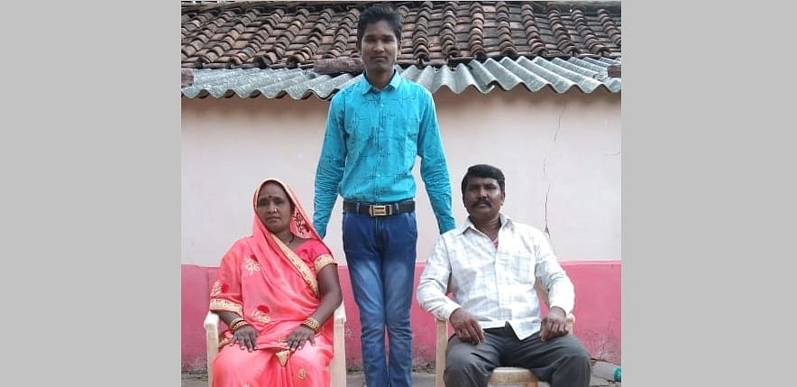 City topper Delan Patel with his parents (Asha & Hukam Patel)