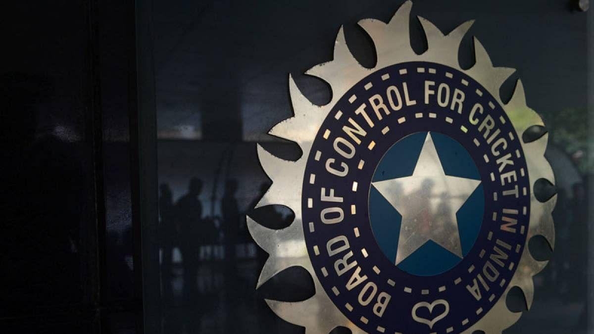 Indore: Ex-BCCI umpire Risodkar translates Laws of Cricket into Hindi