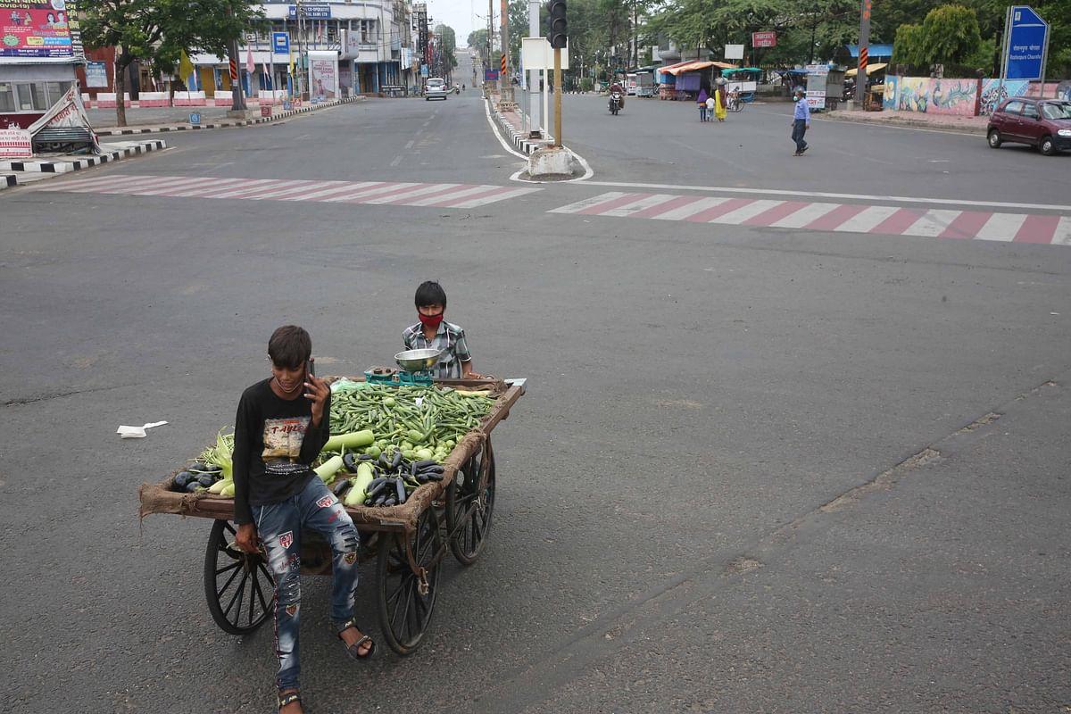 Bhopal: Harder days ahead, lockdown hit veggies supply