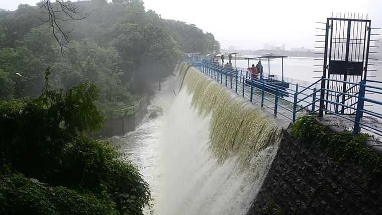 Mumbai: Water level in Mumbai's seven lakes rises to 97%